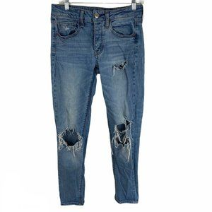 AE  Light Wash Distressed Button Fly Tomgirl Jeans